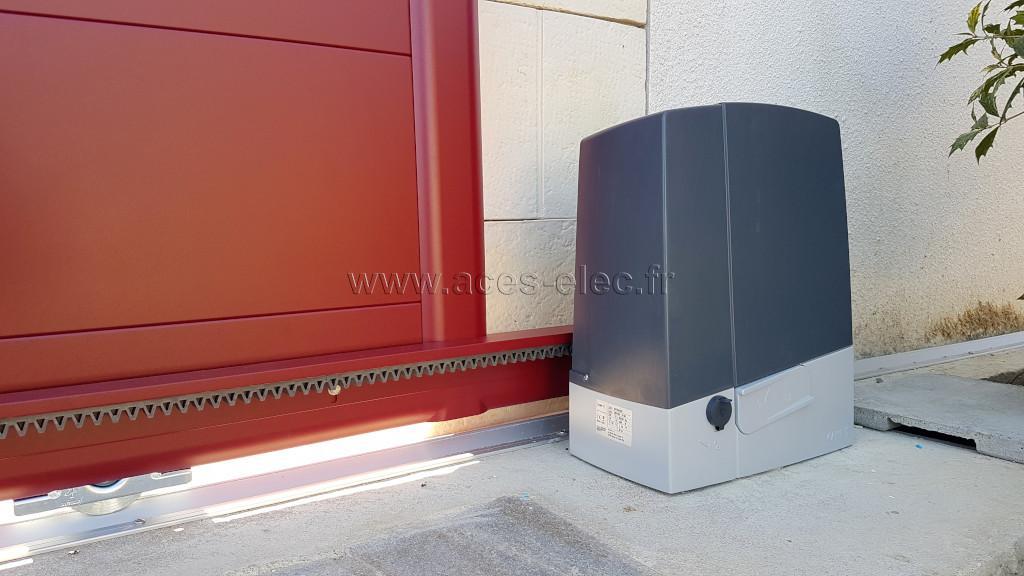 Installation de kits d'automatismes de portail électrique autour de cholet
