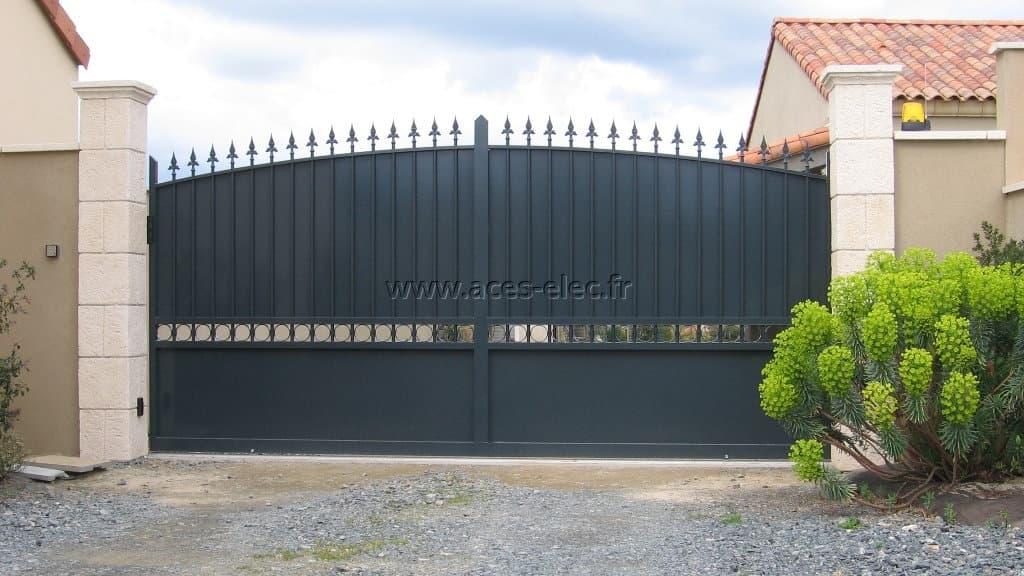 ACES aide à choisir son Portail électrique coulissant et personnalisables à Saint Pierre des Echaubrognes (79)