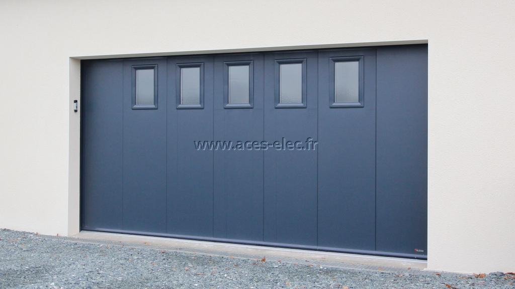 Vente, pose et dépannage de porte de garage électrique latérale à Maulévrier