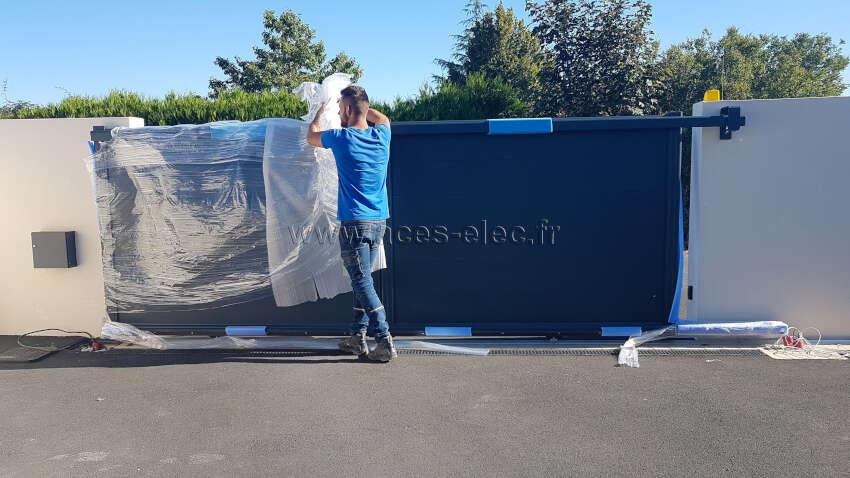 Artisan menuisier revendeur Installateur de portails aluminium et portail pvc sur mesures autour de cholet, devis gratuit